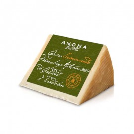 Artisan Manchego Cheese Wedge in EVOO SEMI-CURED Protected Designation of Origin ANCHACASTILLA